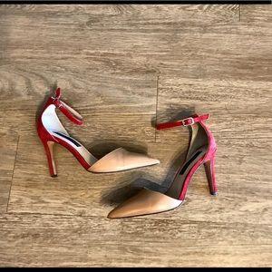 Steven Anibel Heel in Red